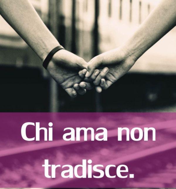 Frasi D Amore Brevi Belle Romantiche E Passionali Immagini